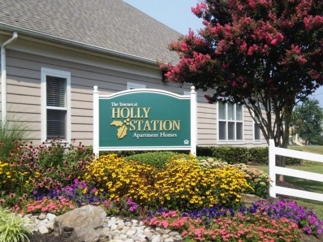 Holly Station
