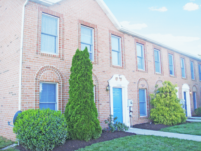 Fountainview Apartments & Townhomes