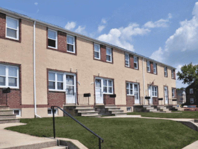 Westland Gardens Apartments & Townhomes