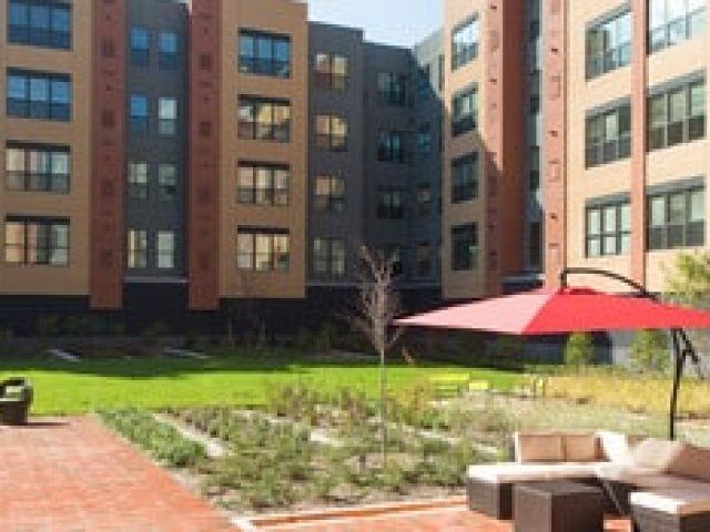 Park 7 Apartments at Minnesota Ave Metro