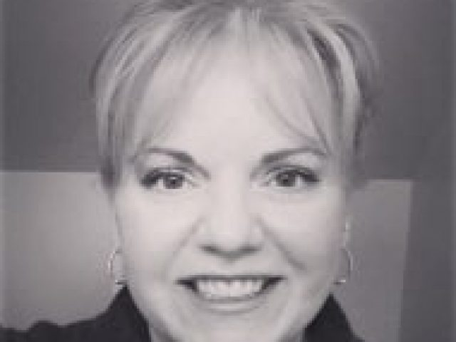 Robyn Porter, Long & Foster Real Estate, Inc.